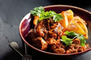 moroccan-lamb-stew-with-roast-sumac-potatoes-98483-1